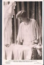 BEAGLES RP POSTCARD HRH PRINCESS MARY VISCOUNTESS LASCELLES AND GERALD C1928