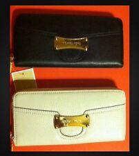 MIchael Kors Wallet Leather Zip Around Saratoga Continental Black or Vanilla