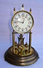 Pendule horloge mécanique Kundo avec clé et globe en verre de 30 cm