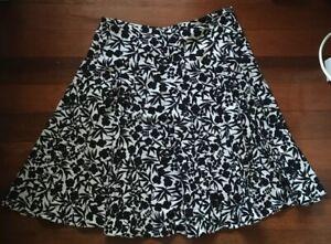Basque Ladies Black White Floral A Line Skirt Size 12
