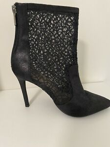 Womens Boots Size 8