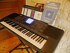 Yamaha Keyboard PSR6000 inkl. umfangreiche Software, Anleitung und Ständer