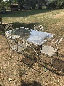 vintage woodard wrought iron patio furniture set with glider swing Salterini ?
