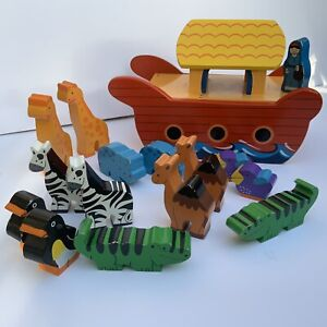 Wood Like To Play Painted Wooden Noah's Ark Boat - With 14 Hand Painted animals