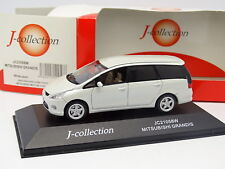 J Collection 1/43 - Mitsubishi Grandis Blanc