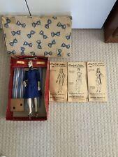 1940s Simplicity Miniature Manneqiuin