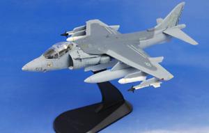 Hobby Master HA2608 1:72 McDonnell Douglas AV-8B Harrier USMC VMA-223 Bulldogs