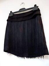 Señoras encantadora Topshop Negro Borla Longitud al muslo Fiesta Falda Talla 8, en muy buena condición
