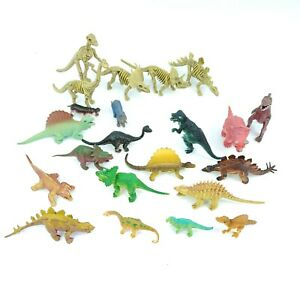 Toy Dinosaur Lot of 22 Action Figures Small Size Skeletons T-Rex
