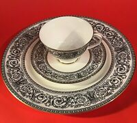 ROYAL DOULTON BARONET CUP & SAUCER DINNER PLATE 3 PIECE BLACK & WHITE H4999