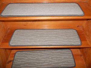 13 Step 9'' x 30''+1 Landing 28'' x 30'' Tufted carpet Wool Woven Backing Jute .