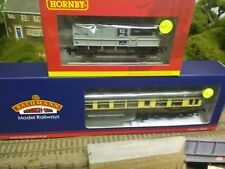 Bachmann 39-580 BR Auto trailer and Hornby R6694 BR brake van train pack BNIB
