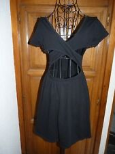 FOREVER 21 Robe noire taille M 36/38 dos ouvert patineuse courte