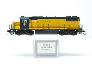 N Scale Walthers Proto 920-75021 CNW Chicago Northwestern GP38-2 Diesel #4629