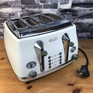De'Longhi CTOV4003.BG 4 Slice Vintage Icona Toaster Cream 1800w Defrost & Reheat