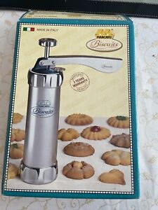 Marcato Biscuits Cookie Press, 20 Plates, press owned. Excellent condition