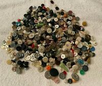 VINTAGE SEWING LOT BUTTONS OVER 500