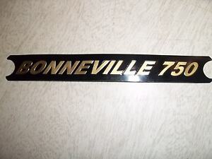 TRIUMPH T140V SIDE COVER DECAL GOLD ON BLACK  1975-78 60-4385