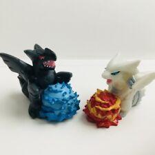 Reshiram & Zekrom Pokemon Nintendo Bandai 2 Toy Figures Vtg Set c