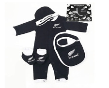 All Blacks Baby Bodysuit Beanie Bib and Bootees Giftset - Size 000