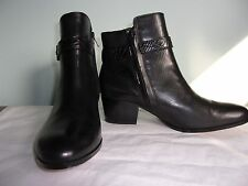 NEW Coach Pauline Calfskin ankle boots equestrian look side zip Leather 7 B Bk