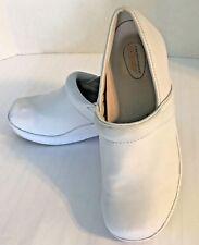 Safe T Step Size 7.5 White Synthetic Oil & Slip Resistant Work Nursing Clog