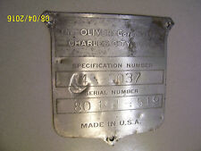 VINTAGE OLIVER  550 GAS TRACTOR -SERIAL # PLATE -1959