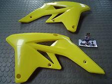 Suzuki RMZ250 07-09 fianchetti per radiatore giallo 17762-10HOO + 17761-10HOO
