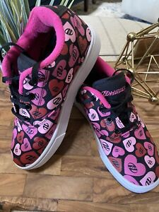 Heelys Girls Launch Youth Sneaker Black/Pink Multi Hearts. Skate Shoes Size 2