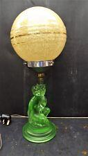 Art Deco Nude Base Lampe de table