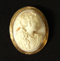 BEAUTIFUL ANTIQUE SHELL CAMEO BROOCH, 10K MOUNTING, c. 1900-1920