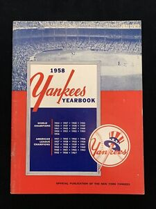 Original 1958 New York Yankees Official Baseball Yearbook w/ Mickey Mantle - EX