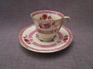 Tasse a café ancienne en porcelaine de Limoges,Bernardaud