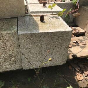 200mm CLEARANCE Granite Straight Staddle Stone/Oak Framed Building Pad/Settle
