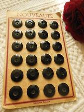 ancienne plaque de 24 bouton anciens noir diamètre:  1,7 cm