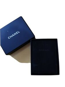 Chanel Necklace box with velvet Dust pouch 12*9*4cm