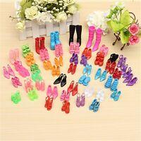 60 Paar Schuhe Shoes Sandalen Stiefel für Barbie Familie Puppen Dolls