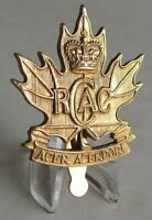 RCAC Royal Canadian Army Cadets Cap Badge Queen's Crown Old Pattern 1981.
