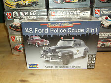 Revell '48 Ford Police Coupe 2 'n 1 1/25 model car kit new 85-4318