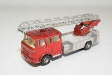# DINKY TOYS 956 BERLIET TURNTABLE FIRE ESCAPE EXCELLENT CONDITION
