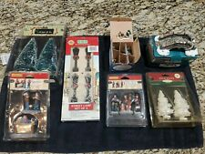Lemax Street Light Lamps + Figures + Other Christmas Village Accessories