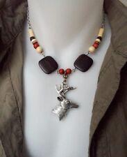 Collier à tête de cerf argentée et perles en bois, ras de cou avec tête d'animal