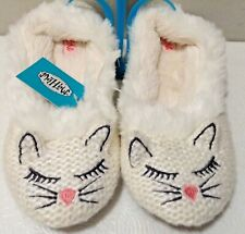 MAD LOVE SLIPPERS SIZE 8 KITTEN