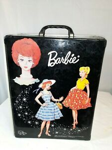 1964 barbie case travel closet and 3 dolls with clothes and accesories