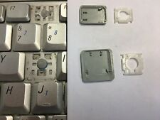 DELL INSPIRON 1520 1525 1545 SILVER SINGLE UK LAPTOP KEY CLIP RUBBER 0NK844