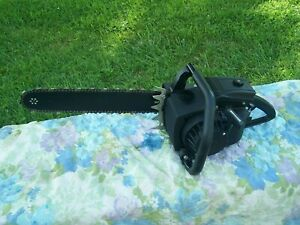 NICE Vintage Lombard Chainsaw(RUNS STRONG AND IDLES GOOD)Problem with oiler.READ