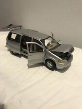 Auto di modellismo statico in argento Buick