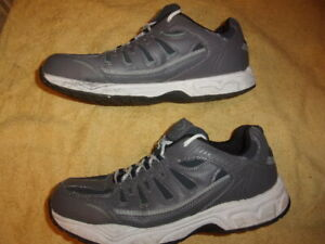 Athletic Works MEMORY FOAM SHOES MEN'S SIZE: 12 W