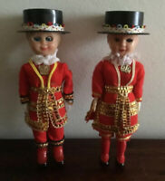 Great Pair Of Vintage Yeoman Of The Guard Dolls