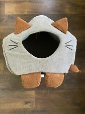 Whisker City Enclosed Cat House/bed  13x17 1/2x16 4 1/2 Inch Opening